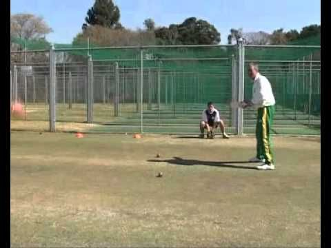 Wicket Keeping: Standing Back Drills 1/3