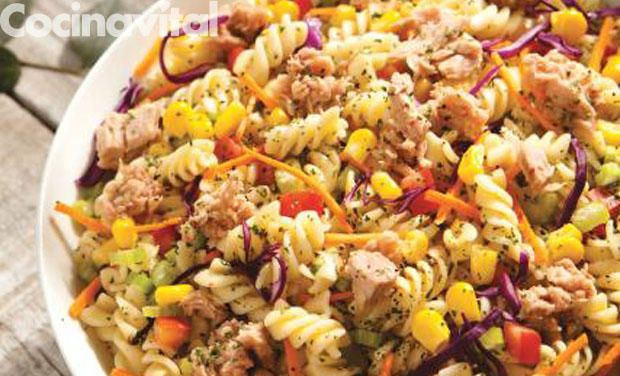 Ensalada de atún con pasta - Cocina Vital