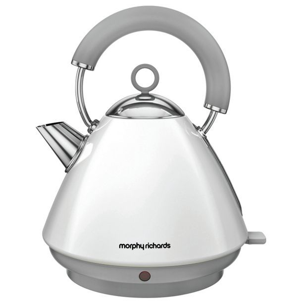 Buy Morphy Richards 102031 Accents Pyramid White Kettle at Argos.co.uk - Your Online Shop for Kettles, Kitchen electricals, Home and garden.