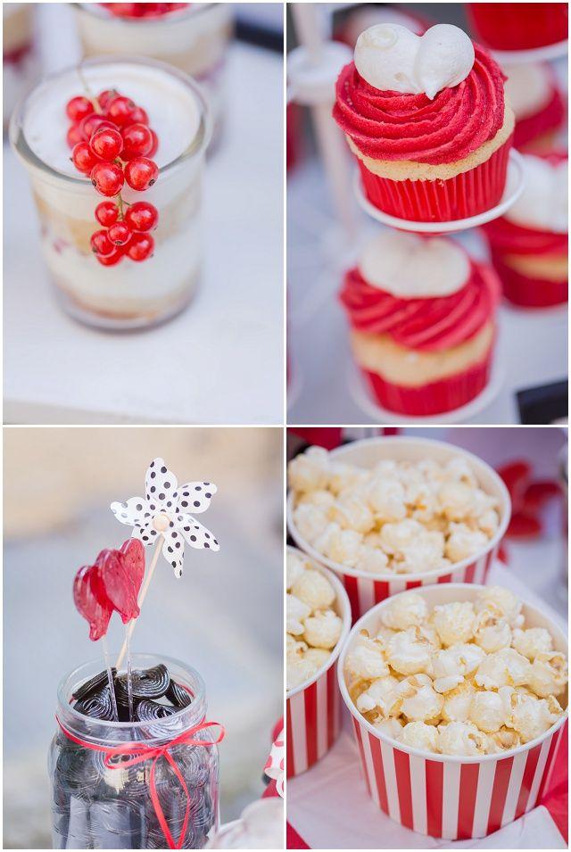 Wedding like a Rock Star - in rot, weiß und schwarz mit der Hochzeitsparade ! Papeterie von Farbgold  Hochzeitsblog - The Little Wedding Corner