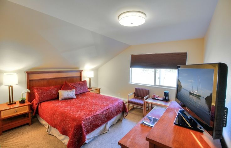 Accommodations | Discovery Inn | Friday Harbor Hotel & Lodging | San Juan Island