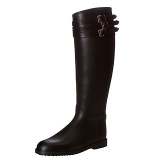 @Overstock - Imported from Italy, these Burberry designer rain boots feature a classic equestrian design with three leather buckles. Insulated and padded on the interior, these beautiful boots have a rubber outsole for sure footing in any weather.http://www.overstock.com/Clothing-Shoes/Burberry-Womens-3770895-Equestrian-Rainboots/7302160/product.html?CID=214117 $299.99