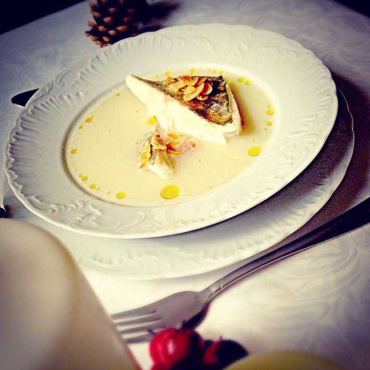 Zupa z sandacza na mleku migdałowym