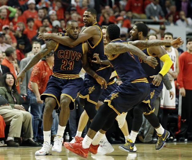 LeBron James made a baseline jumper as time expired to lift the Cleveland Cavaliers to an 86-84 win over the Chicago Bulls in game four of the NBA playoff quarter-finals on May 10.