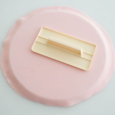 1000+ ideas about Cake Board on Pinterest Fondant, Cake ...
