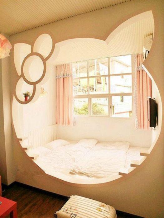 Спальня в стиле Hello Kitty.