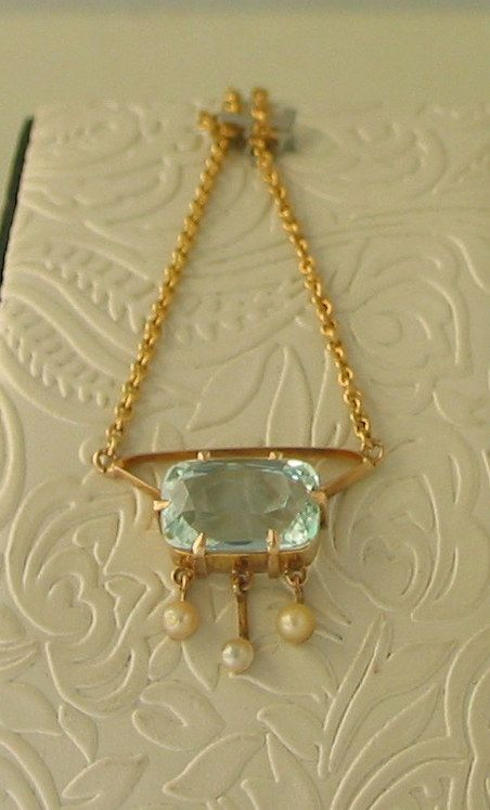 Lovely Antique 15ct Gold Aquamarine (4.60ct) and Seed Pearl Necklace - $ 2,550-
