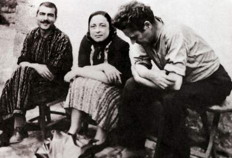 Kemal Tahir, Piraye and Nazim Hikmet at Cankırı Prison