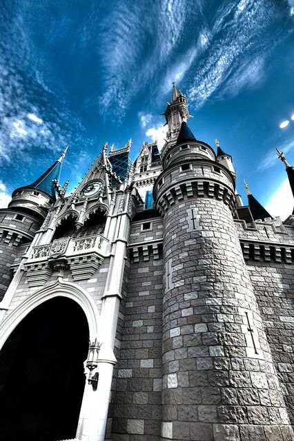 Castle in the Sky, via Flickr  http://www.flickr.com/photos/makinmemoriesphotoblog/