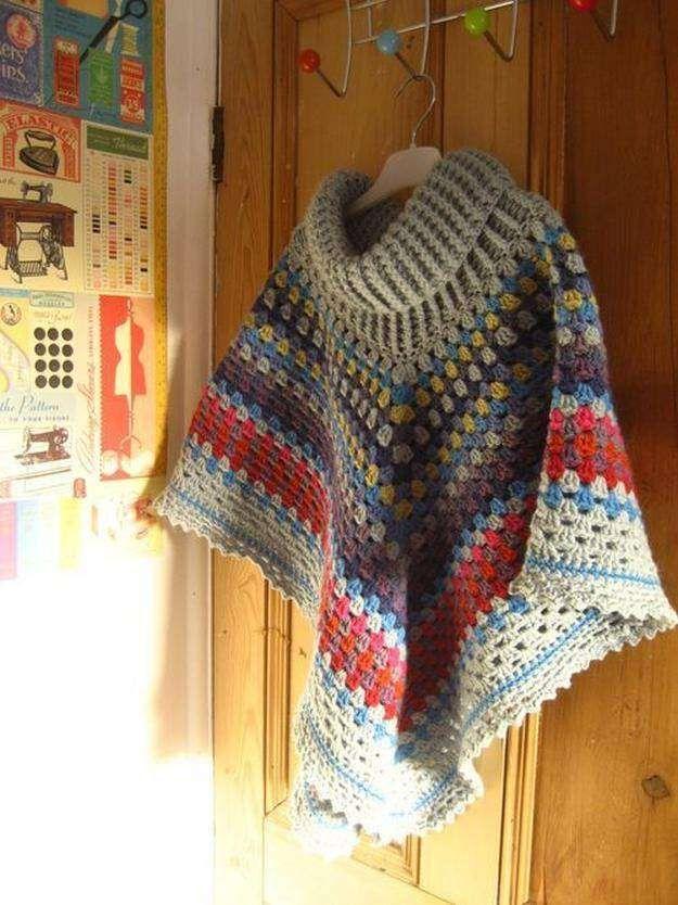 Cowl Neck Poncho I 16 Easy Crochet Poncho Patterns for Women