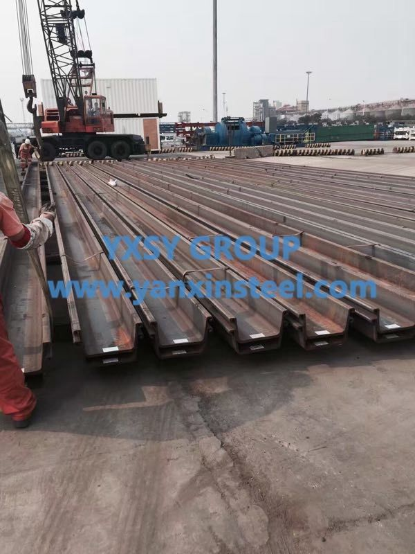 #SteelSheetPile with high strength and good waterproof performance.It;s widely used in Pipe foundation, pile foundation and the excavation of the foundation of the cofferdam. http://www.yanxinsteel.com/steel-sheet-pile/