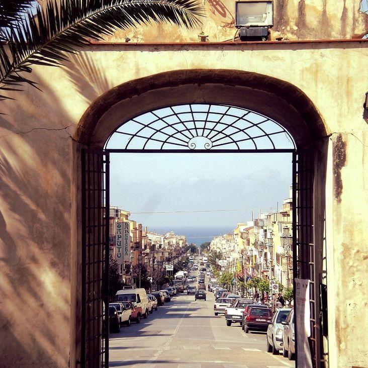 Una splendida vista di Corso Umberto dal palazzo comunale di #Cinisi  #DiscoverCinisi #Sicilia #Itinerari