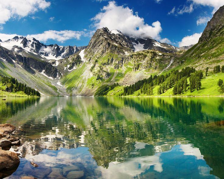 Altai, Russia. Горы Алтая: поразительные красоты самого маленького района Горного Алтая - Майминского района с древнейшей историей.