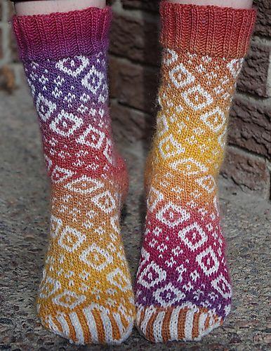 Ravelry: Diamond Swirl Socks pattern by Deborah Tomasello