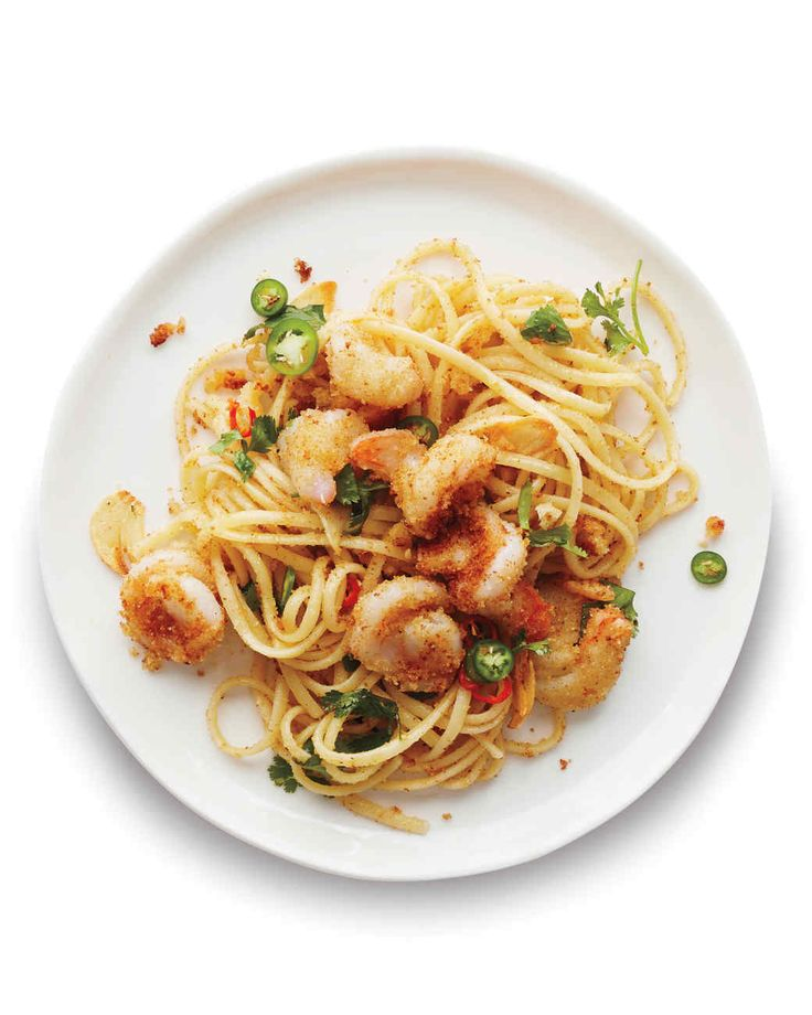 Put a garlicky spin on quick-cooking shrimp this week with this easy-to-make pasta dish.