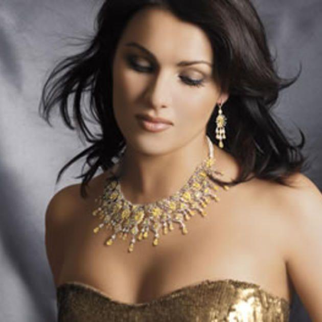 133 best anna netrebko images on pinterest opera singers - Anna netrebko casta diva ...