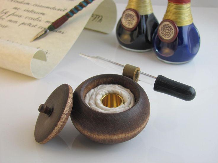 Ink Well - Honey by ViskerAndScrivener on Etsy https://www.etsy.com/listing/115196609/ink-well-honey