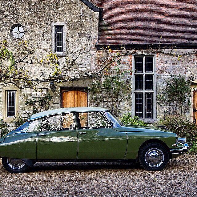 95 best images about citroen ds on pinterest cars. Black Bedroom Furniture Sets. Home Design Ideas
