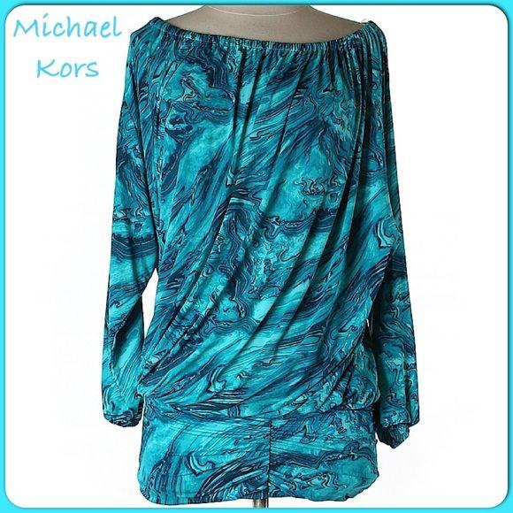 "Gorgeous MK 3/4 Sleeve Tunic Gorgeous MK 3/4 Sleeve Tunic. Nylon-87% Spandex-13% Bust-64"" Sleeve Length-21"" Length-33"" LIKE NEW! MICHAEL Michael Kors Tops Tunics"