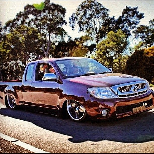 Hot Wheels - Toyota Hilux rolling, love this masterpiece that @matt_low has created, looked at it for about an hour at motorex, nearly made me want to trade the C10 in :) photo via @matt_low #toyota #hilux #minitruck #houseoflow #low #carporn...