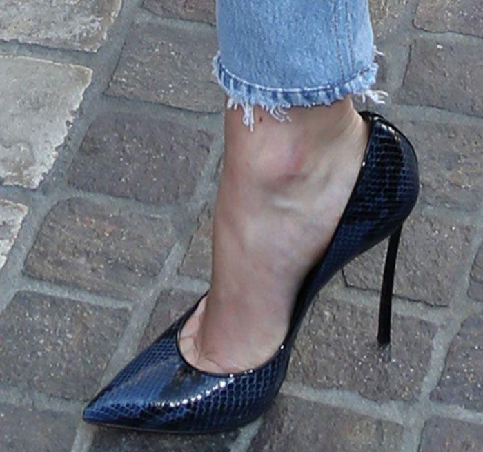Karlie Kloss in Casadei pumps