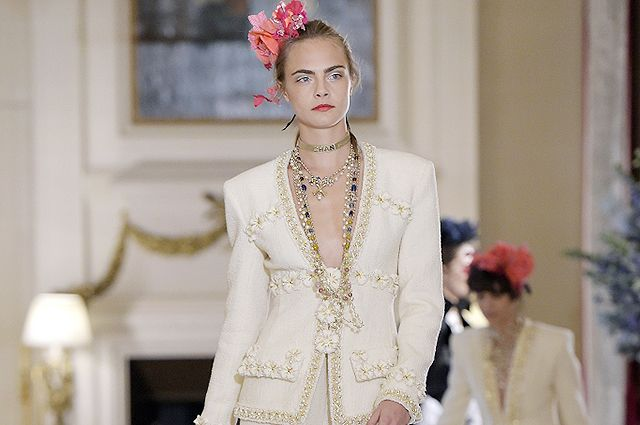 Кара Делевинь, Джейден Смит, Лили-Роуз Депп и другие на шоу Chanel Metiers d'Art