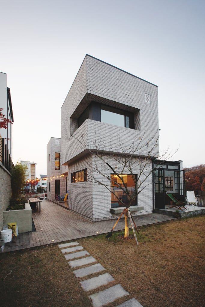 디자이너 부부의 마음을 담아낸 집, 상하동 TRACE HOUSE (출처 Juhwan Moon)
