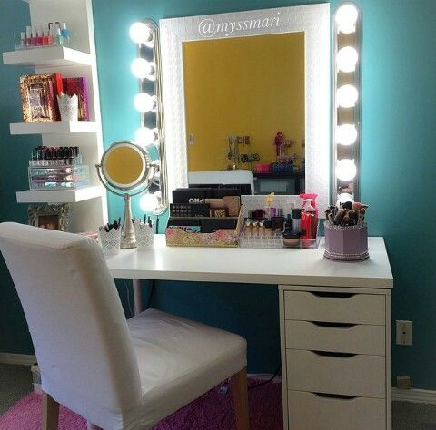 I want those lights for my vanity !