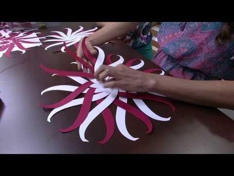Bolas de natal de papel - Madame Criativa - O melhor Portal DIY do Brasil - Decoração, Artesanato, Festas, Receitas e Ideias