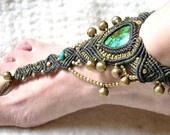 Barfuß Sandale mit Türkis und Glöckchen