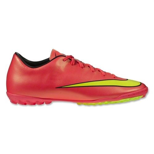 Sepatu Bola Nike Mercurial Victory V TF 651646-690 adalah Sepatu Nike Original yang banyak dicari karena ringan dan sangat mendukung terhadap kelincahan. Sepatu dengan diskon 20% dari Rp 1.059.000 menjadi Rp 859.000.