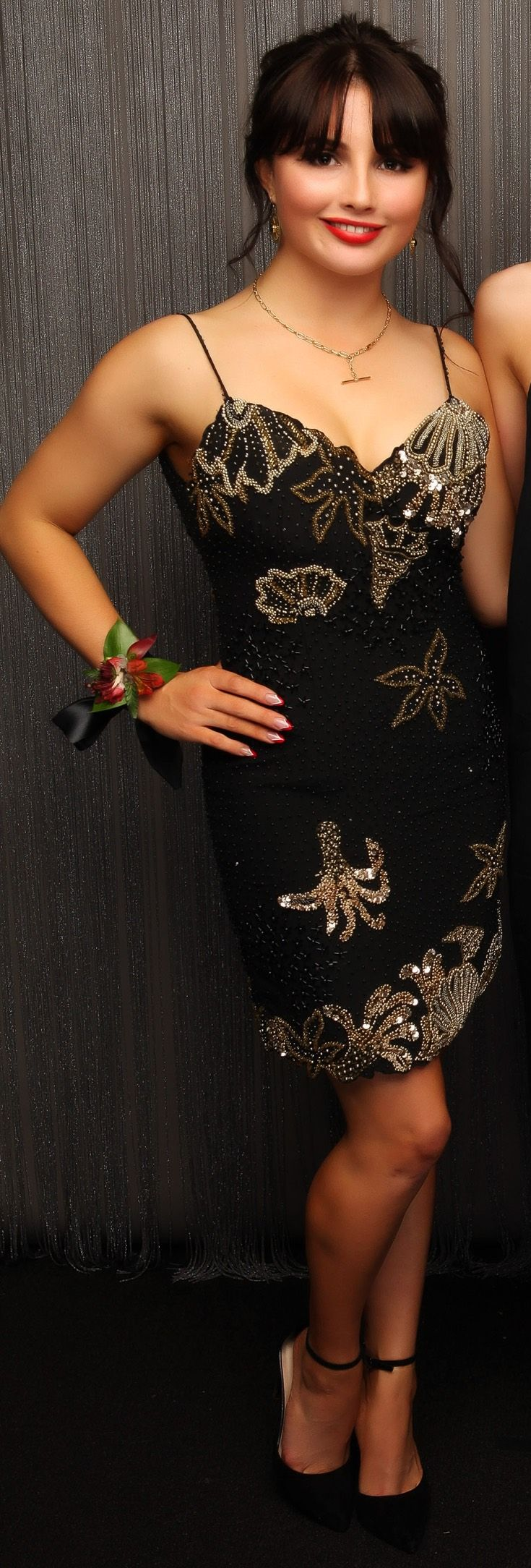 Epsom Girls Grammar Ball 2015. Classic Hollywood glamour look, and fab nails too! www.whitedoor.co.nz