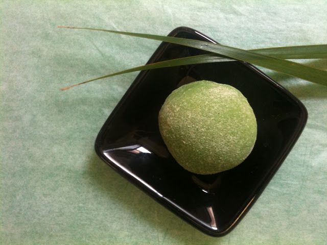 When the Stomach Rules the Mind: Mochi - Japanese rice cake