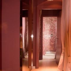 #toilette fantasia #mosaico con doccia doppia #idrogetti #wellness #suite Laura @CastleOfAngels #love #pink