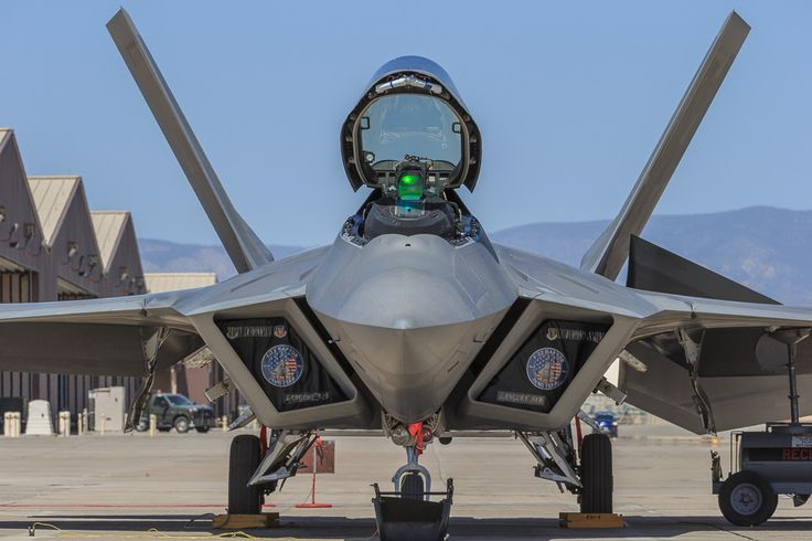 "Lockheed-Martin/Boeing F-22A Raptor at the 2014 Holloman AFB ""Legacy of Freedom"" Open House."