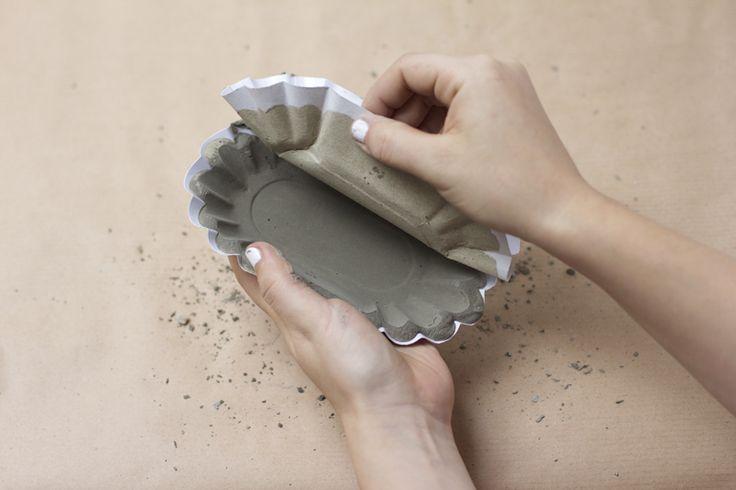 we love handmade | DIY: Zement Teller | http://welovehandmade.at