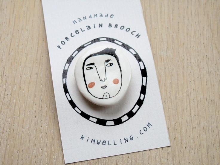 Porcelain Brooch  blushing par kimslittlemonsters sur Etsy, €12,50