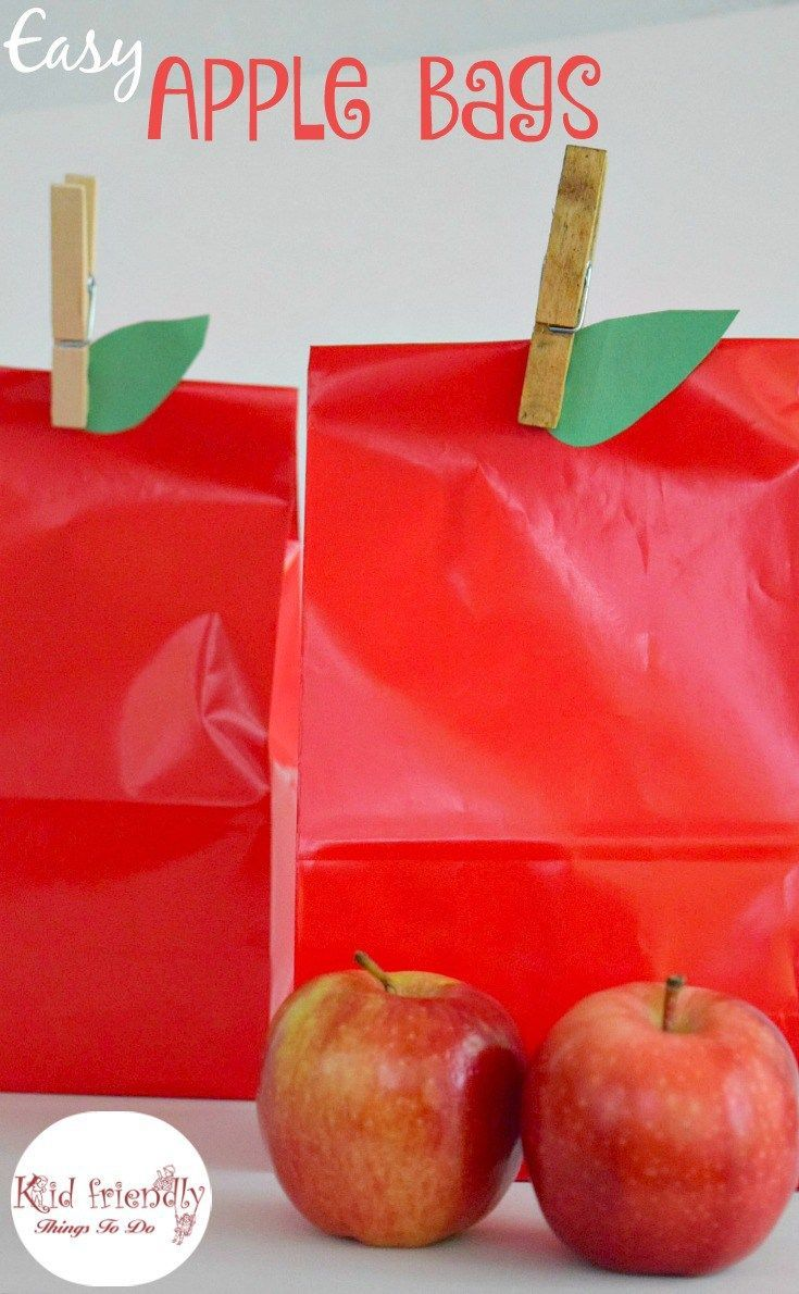 An easy apple bag craft! Perfect for fall harvest parties and preschool…