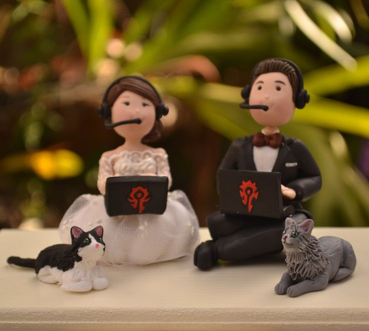 Gamer wedding cake topper. #WoW #Warcraft   Etsy affiliate link.