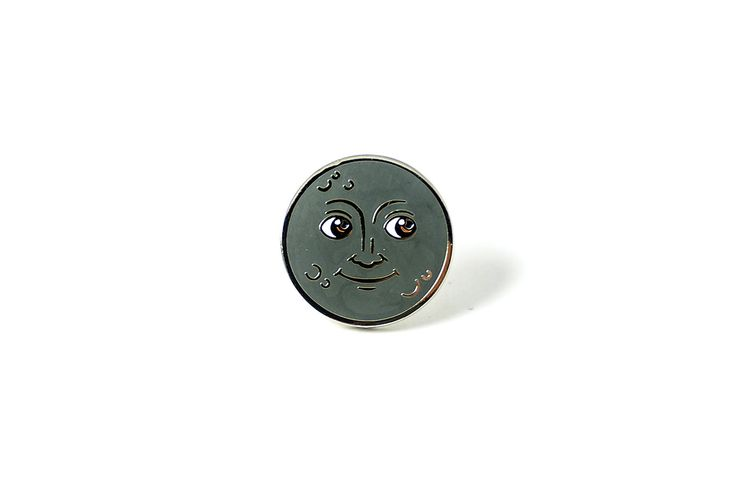 Moon Face Pin – PINTRILL