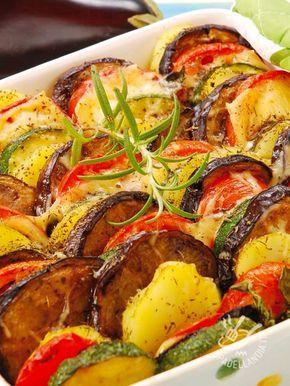 Le Verdure miste gratinate con fontina sono un secondo veloce e saporitissimo, ottimo per variare il menu settimanale con una nota di aroma in più!