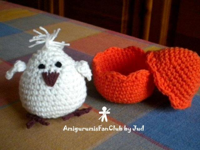 Crocheted by AmirumisFanClub. Free pattern by Tejiendo Peru !!! http://www.tejiendoperu.com/amigurumi/pollitos-con-cascar%C3%B3n/