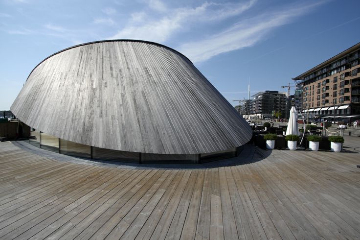 Kebony SYP roof on Onda restaurant in Aker Brygge, Oslo, Norway