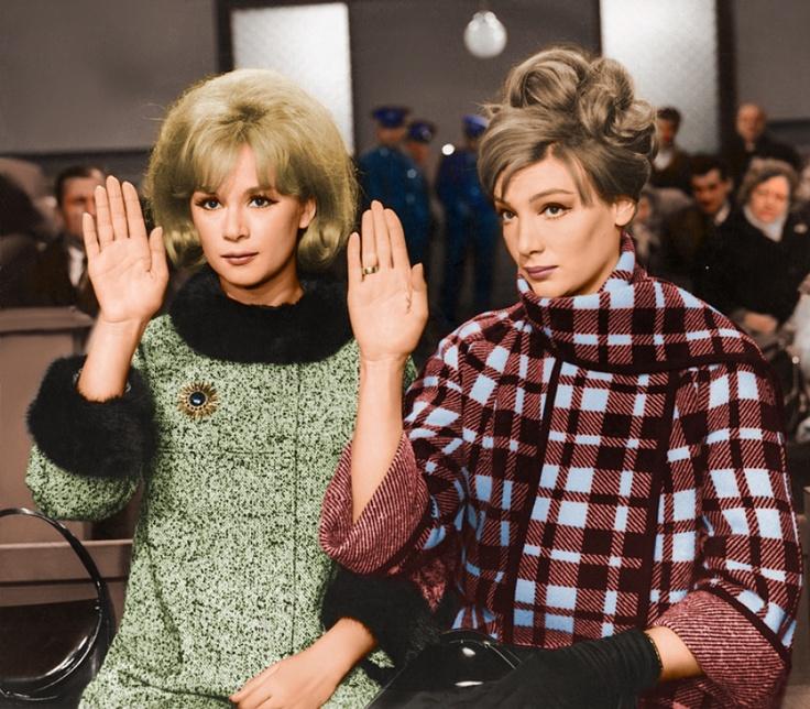 Aliki Vouyioyklaki (left) and Maro Kontou | old greek actresses | Vintage
