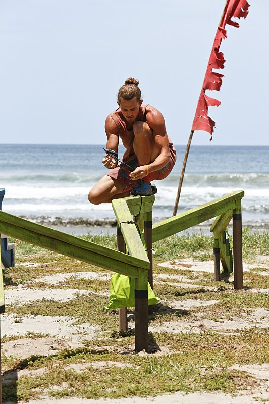 Are joe and hali from survivor dating