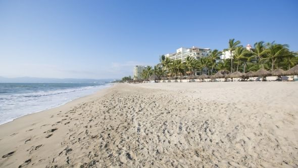 Amazing white sand beach, gorgeous sunsets, in this Condo For Rent in Nuevo Vallarta, Mexico