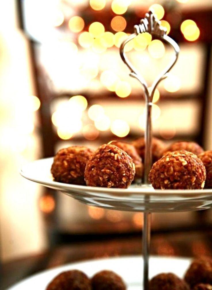 """osm receptů na cukroví, které  nepotřebuje """"odležet"""" :-)"""