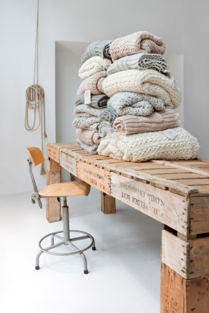 The home base of Atelier Sukha is the (sustainable) department store Sukha Amsterdam, right in the heart of downtown Amsterdam.