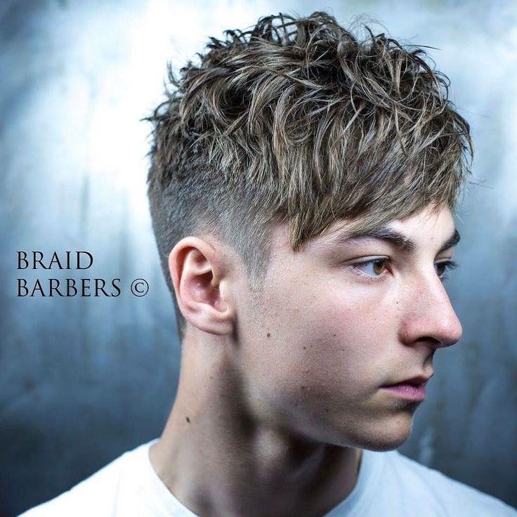 Haircut by braidbarbers http://ift.tt/228AmYK #menshair #menshairstyles #menshaircuts #hairstylesformen #coolhaircuts #coolhairstyles #haircuts #hairstyles #barbers