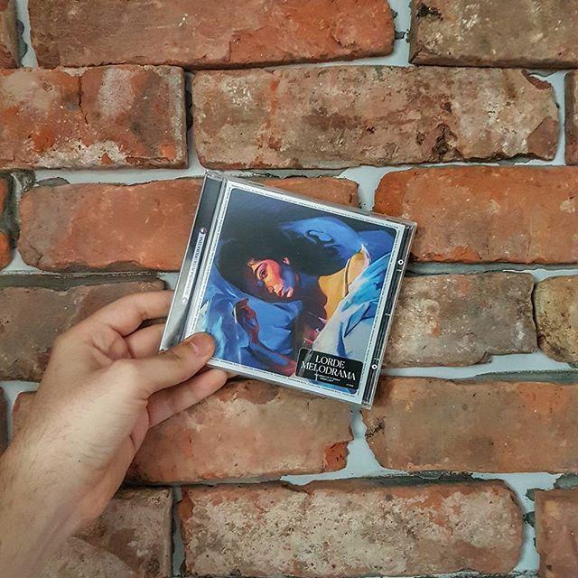 Reposting @lukasz.mantiuk: This was melodrama. Album of the year so far 😍  #lorde #melodrama #music #musiclover  #musiclovers #song #songs  #pop #love #instagood #beat #beats #jam #myjam  #favoritesong #photooftheday #bumpin #repeat  #goodmusic #instamusic  #polishboy